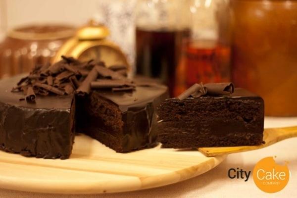Belgická čokoládová torta s hoblinami