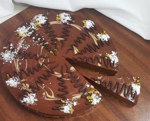 Čokoládová raw torta