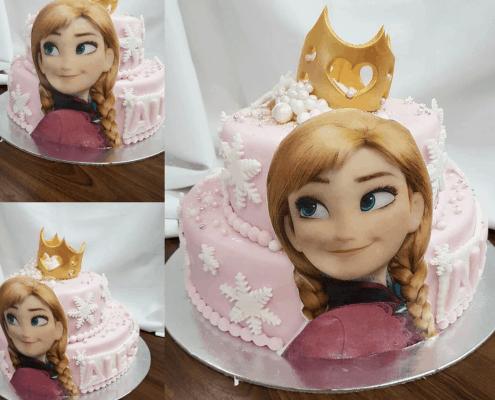 Detská ružová torta frozen s annou a zlatou korunkou