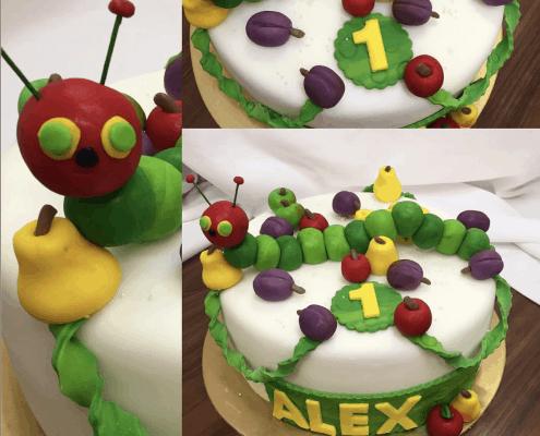 Detská torta húsenica s ovocím