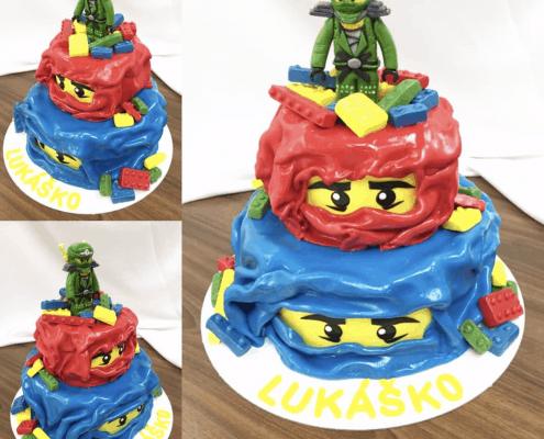 Detská torta s motívom ninja s potavičkou lego