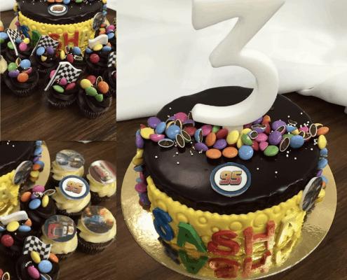 Detská narodeninová torta s lentilkovými cupcaked