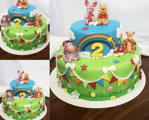 Detská torta s kamarátmi maka Pú a dúhou