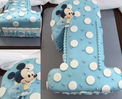 Clapčenská torta v tvare čísla jeden s guličkami s baby mickey