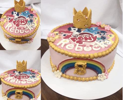 Zlato ružová torta s korunkou a poníkmi my little pony