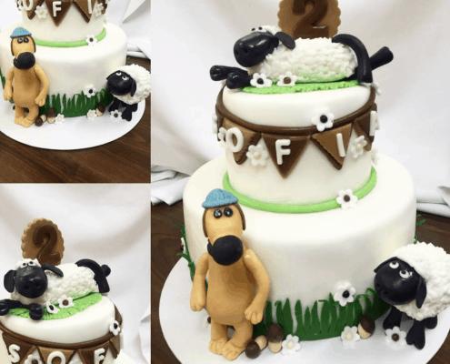 Detská torta s ovečkou shaun a psíkom so zelenými detailami