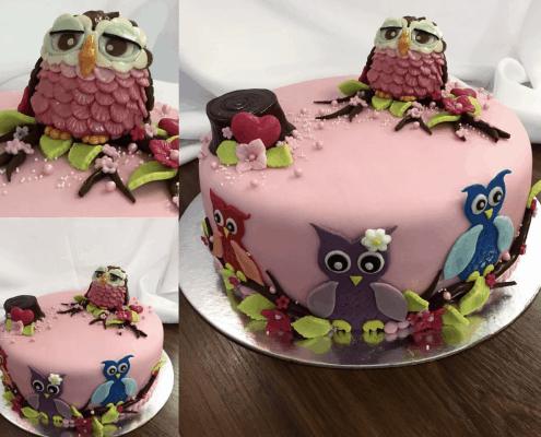 Narodeninová torta s fondánovou 3D sovou na konáriku