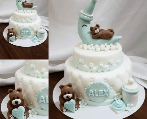 Jemná detská torta so spiacim mackom, mesiacom a medvedíkom