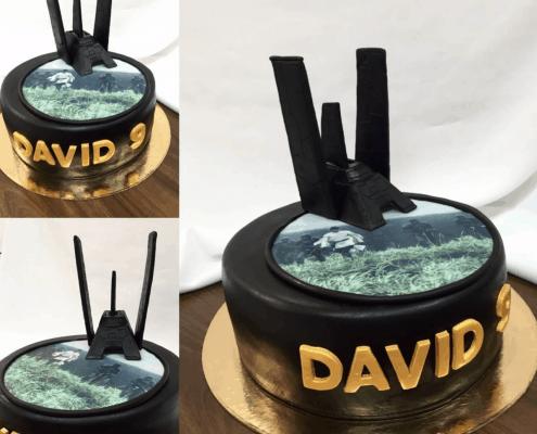 Čierna torta star wars plnená nugátom a orieškami