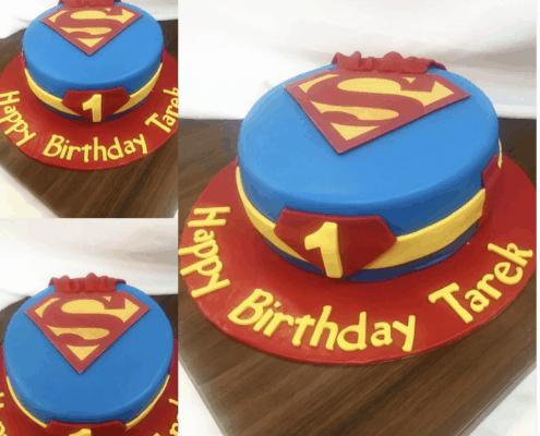 Ovocná detská torta s motívom superman