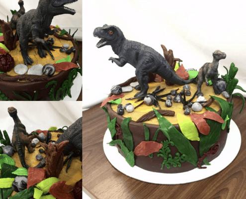 Detská torta tyranosaurus rex a kameňmi