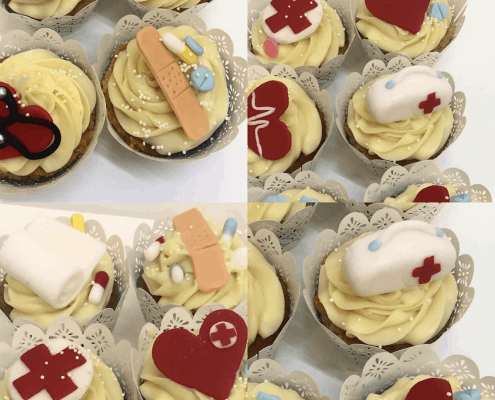 Cupcakes s bielou belgickou čokoládou v doktorskej téme