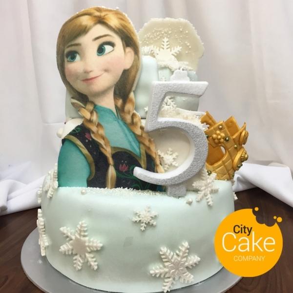Torta frozen Anna s korunkou