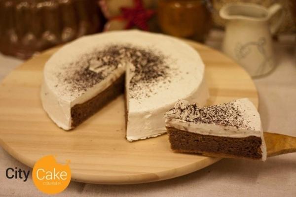 Gaštanová torta so šľahačkou