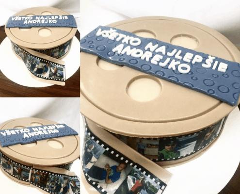 Narodeninová torta s fotkami a spomienkami oslávenca