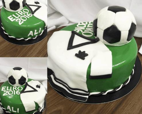 Narodeninová futbalová torta s loptou