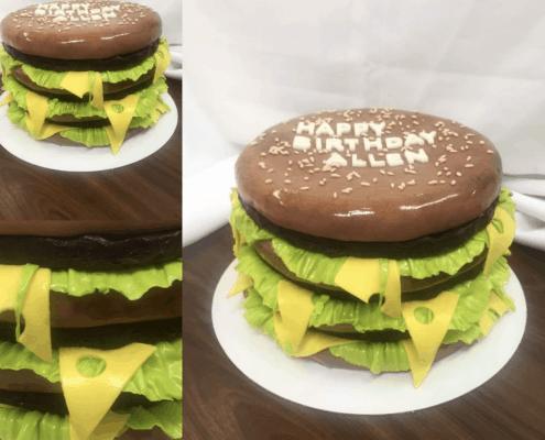 Narodeninová torta s belgickou čokoládou s hamburgerovom dizajne
