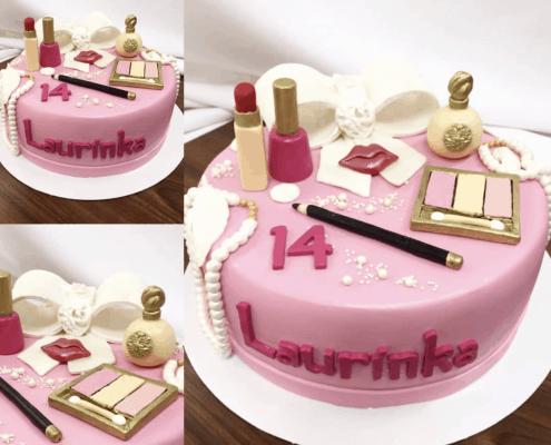 Narodeninová torta s make upom v zlato ružovej farbe