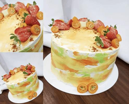 Narodeninová torta s kumquatom a jahodami