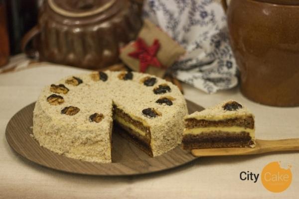tradičná orechová torta s maslovým