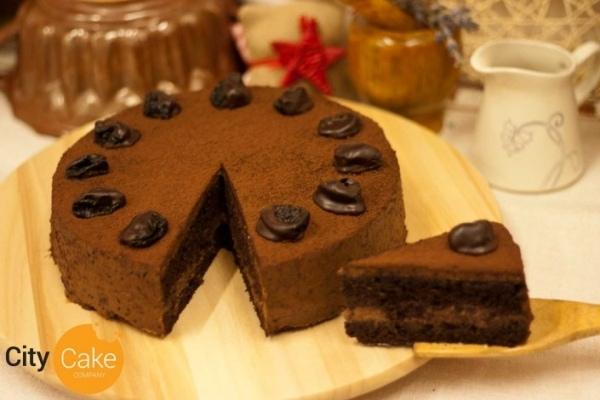 Slivková torta s koňakovými slivkami