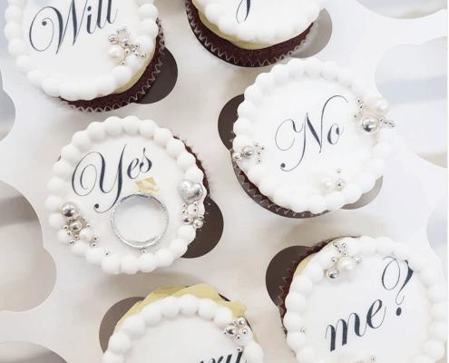 Svadobné cupcakes na žiadosť o ruku