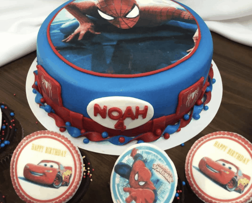 Detská torta s mascarpone s motívom spidermana