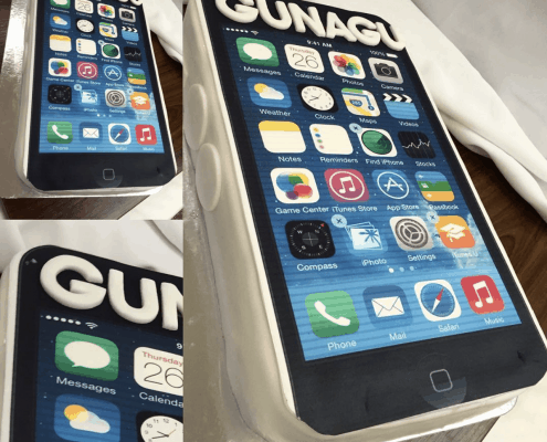 Firemná torta pre divadlo GUNAGU s iphone