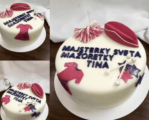 Firemná torta s mažoretkami