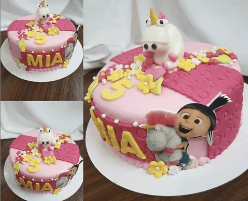 Detská torta so smiešnym jednorožcom