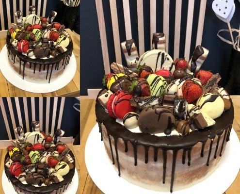Torta s belgickou čokoládou jahodami a makarónkami